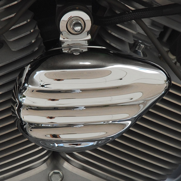 Chrome Dome Retro Horn Cover in Chrome