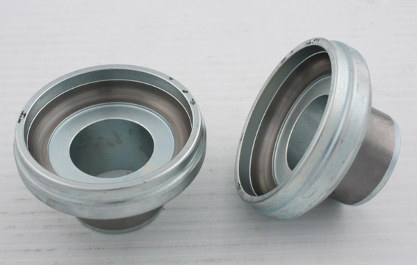 V-Twin Manufacturing Ball Bearing Neck Cups