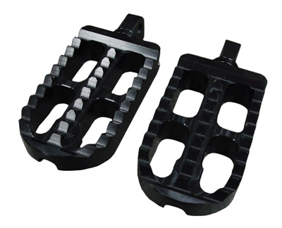 Joker Machine Long Black Adjustable Serrated Footpegs
