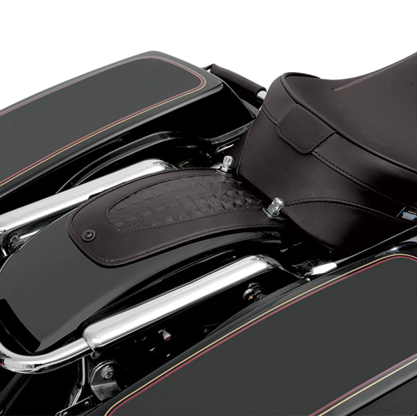 Drag Specialties Fender Skin with Embossed Gator Leather Center