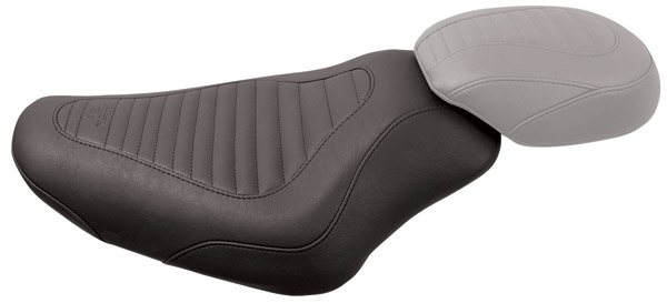 Mustang Tripper Tuck and Roll Solo Seat 76955