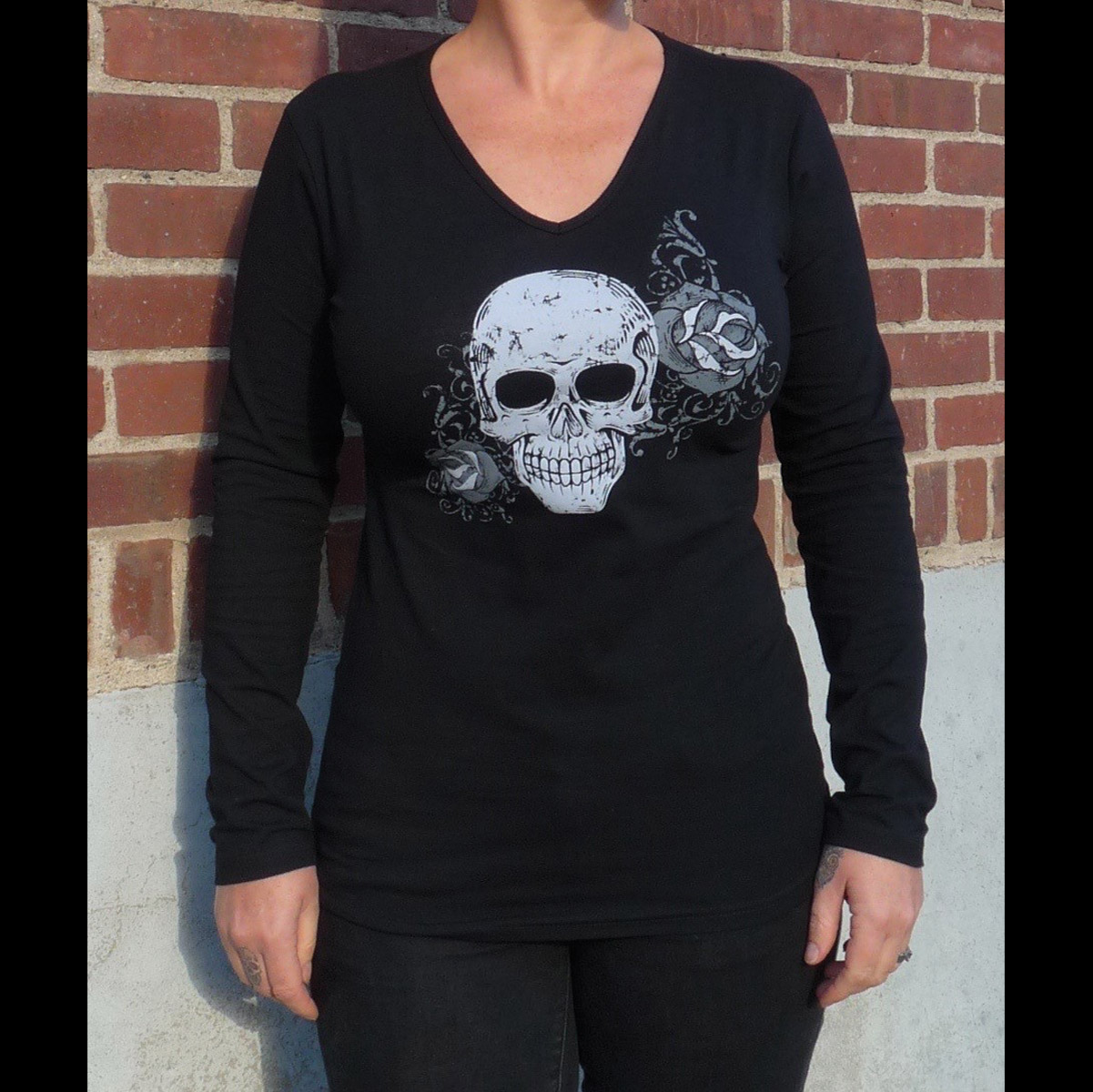 Sick Boy Sick Bitch Woman's Rose Skull Black Long-Sleeve Tee
