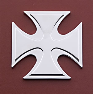 Novello Crusader Cross Medallion