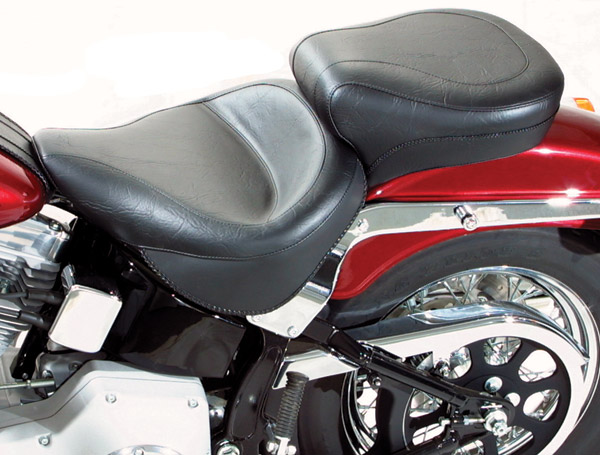 Mustang One-Piece Wide Vintage Touring Seat - 75073