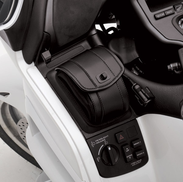 Saddlemen Dash Pouch Set for Honda GL1800